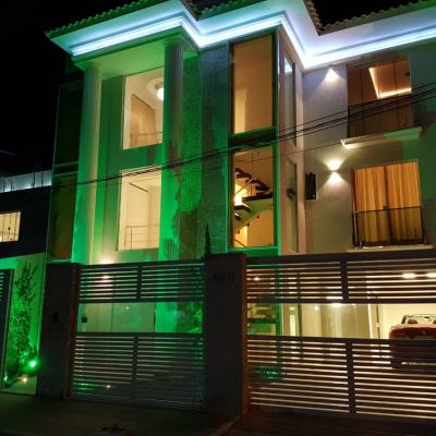 Magnífica Casa Triplex em Camboinhas