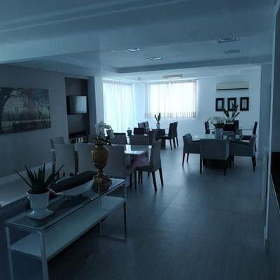 Apartamento com 2 suítes mais 2 demi suítes a venda em Balneário Camboriú