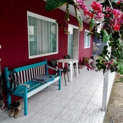 Casa a venda Condomínio Vila Leal em Camboriú