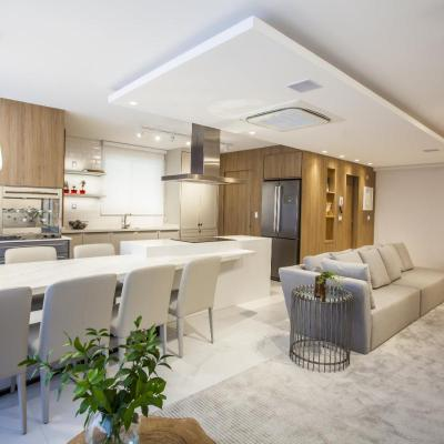 Apartamento Decorado 4 Suítes Edifício Ocean Breeze Centro de Balneário Camboriú