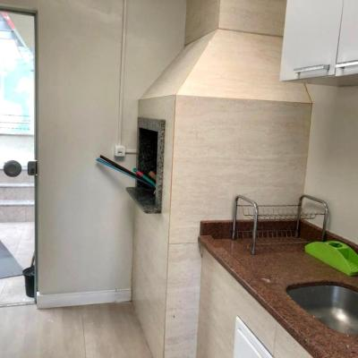 Apartamento Diferenciado Mobiliado na Quadra do Mar em Balneário Camboriú
