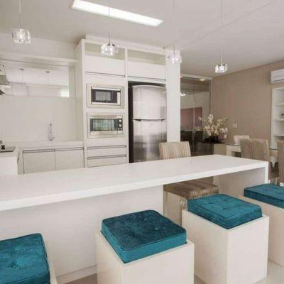 Apartamento 3 suítes e 2 vagas de garagem Centro Balneário Camborií
