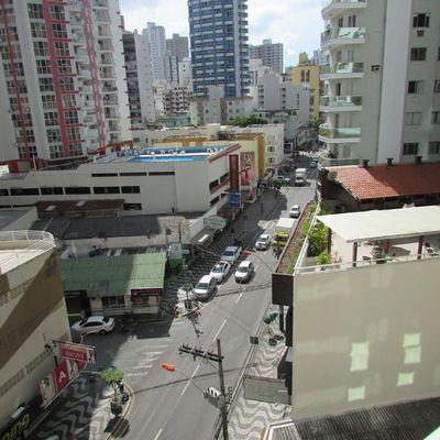 Apartamento novo no centro de Balneário Camboriú