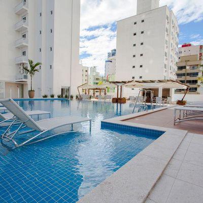 Apartamento com Ótima Área de Lazer em Balneário Camboriú