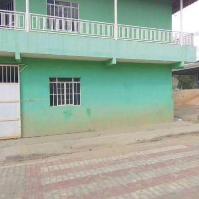 Aluguel - Casa com 03 Quartos – Vila Nova - Mantena-MG