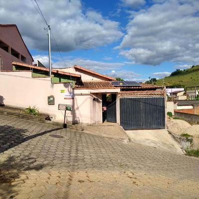 Casa à Venda - 03 Dormitórios - Bela Vista - Mantena-MG