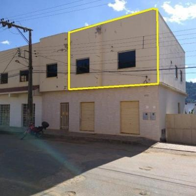 Aluguel - Apartamento com 03 Quartos - Santos Prates II - Mantena-MG