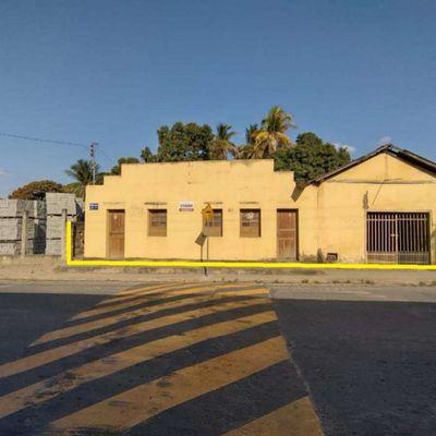 Casa à venda – 09 cômodos – Vila Nova - Mantena-MG