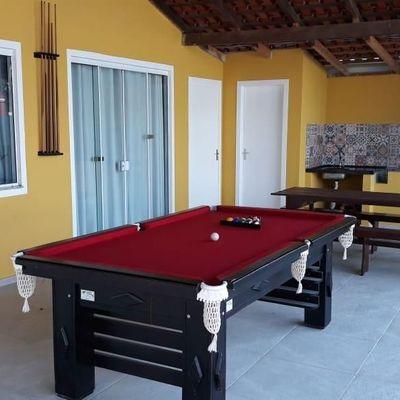 Casa com 3 dormitórios e piscina em Mariscal